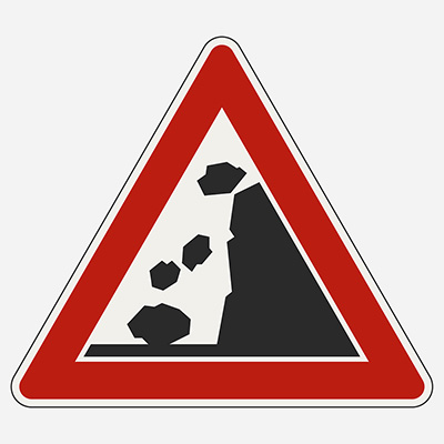 Padnuté kamene